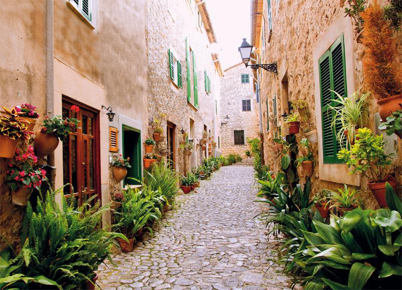 Прогуляться по улочкам деревни - настоящее наслаждение. INGIMAGE